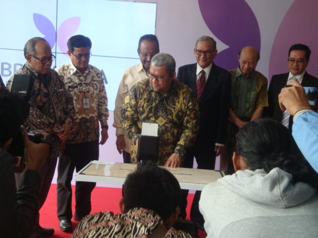 Gubernur Jawa Barat, Dr. H. Ahmad Heriawan, Lc.., resmikan Brawijaya Hospital (Women and Children) Bojongsari (11/1/2018).